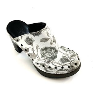 """Dr. Martens White Grey Print Leather """"UNA"""" Mules 5"""